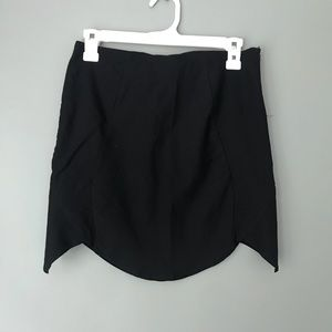 Tobi Scalloped Black Mini Skirt